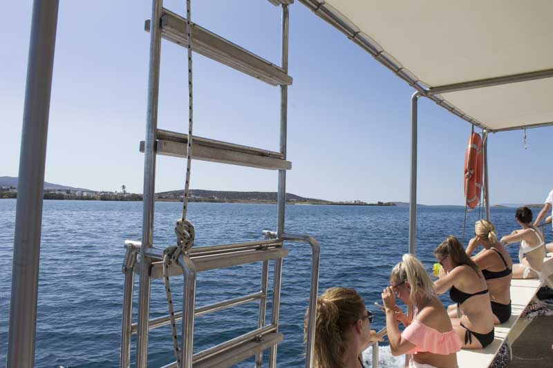 sparos daily cruises private cruises boat day trip paros island gallery 7